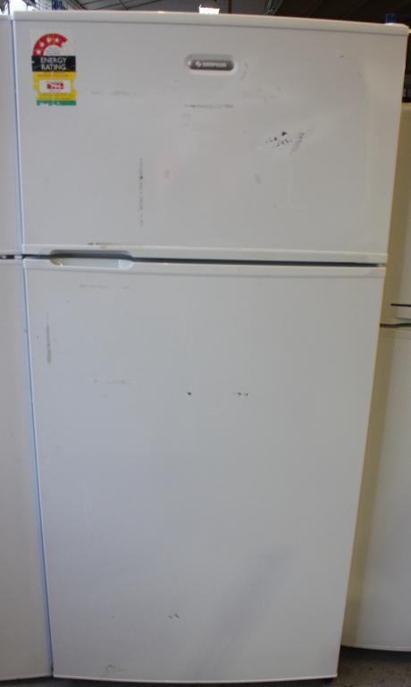 Simpson 520 Fridge Freezer Lot 732777 Allbids